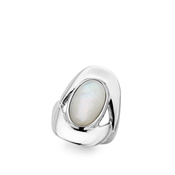 Oval Ring - Mother of Pearl - Size 5
