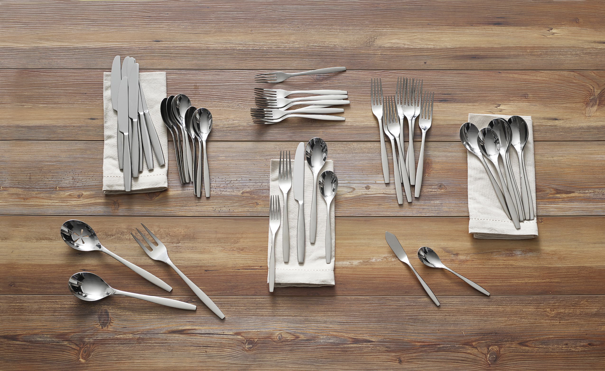Aidan 45-Pc Flatware Set image number 1